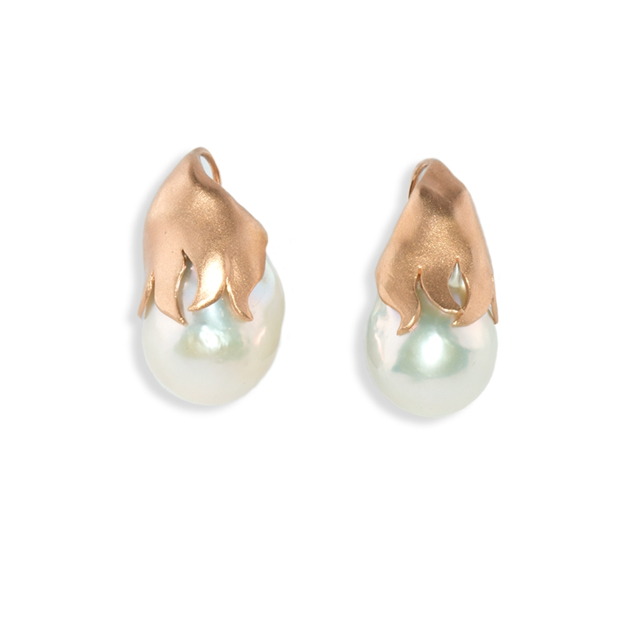 Dome Pearl Earrings
